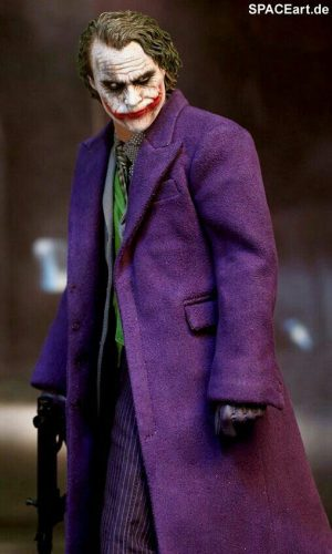 joker heath ledger dark knight traje violeta
