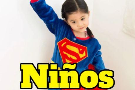 Pijamas de superheroes para niños y niñas
