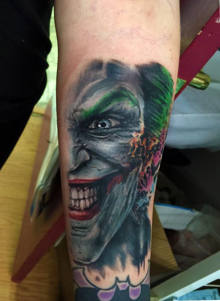 294cf38a40bfdead53eb5856c7164e05 749x1024 - Frases, Imágenes y Tatuajesde del Joker (El Guasón)