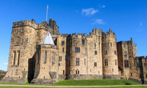 castillo de alnwick castillo de harry potter hogwarts, ¿dónde está ubicado el castillo de hogwarts?