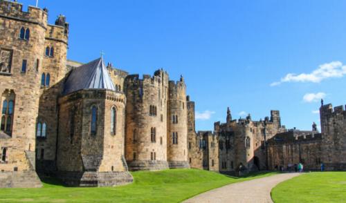 como llegar al castillo de hogwarts en el gps, castillo de harry potter real, donde está hogwarts, existe el castillo de harry potter