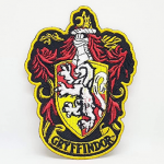 parches con el escudo de Gryffindor de Harry Potter