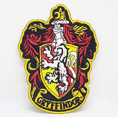 parches con el escudo de Gryffindor de Harry Potter