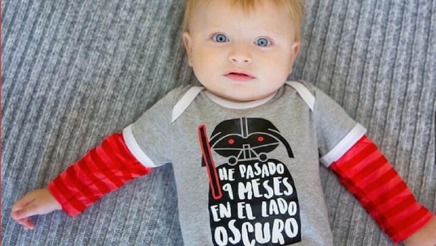 bebe vestido con ropa friki original, ropa bebe friki, bodys bebe graciosos, cosas frikis para bebes