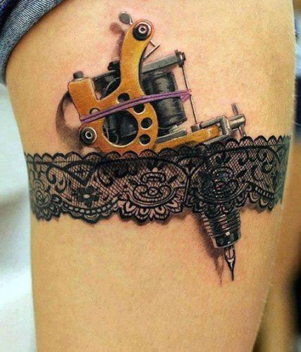 tatuajes frikis pequeños para las piernas