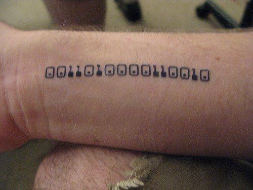 tatuajes frikis pequeños informáticos