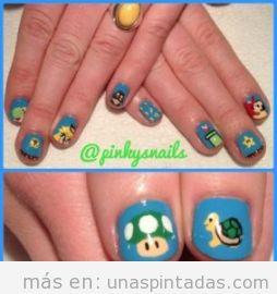 diseños frikis para uñas