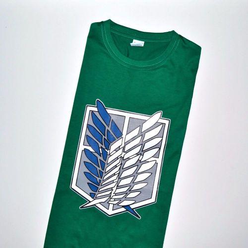 Camisetas Ataque a los Titanes color verde