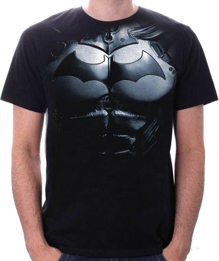 chico con Camisetas DC Comics