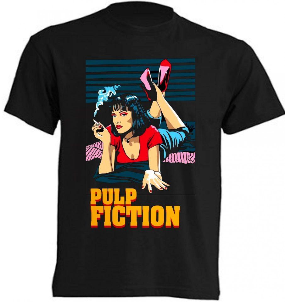Camisetas Pulp Fiction de fondo negro