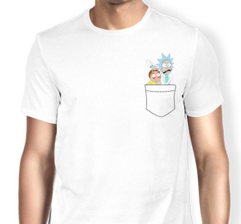 chico con Camisetas Rick & Morty