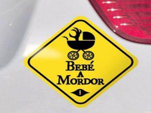 comprar Pegatina bebé a bordo friki amarilla mordor