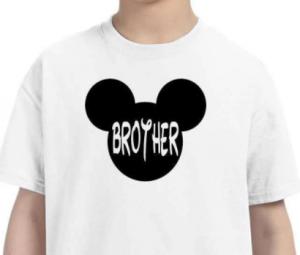 Regalar camisetas de disney para hermanos